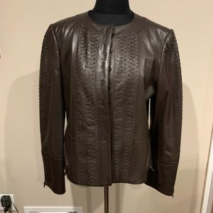 Ellen Tracy button up brown leather jacket